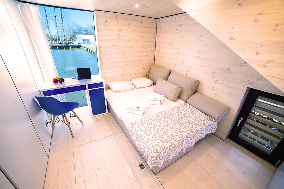 ang Houseboat HT7 XXL with sauna, fireplace and motorboat - ht houseboats - domki na wodzie